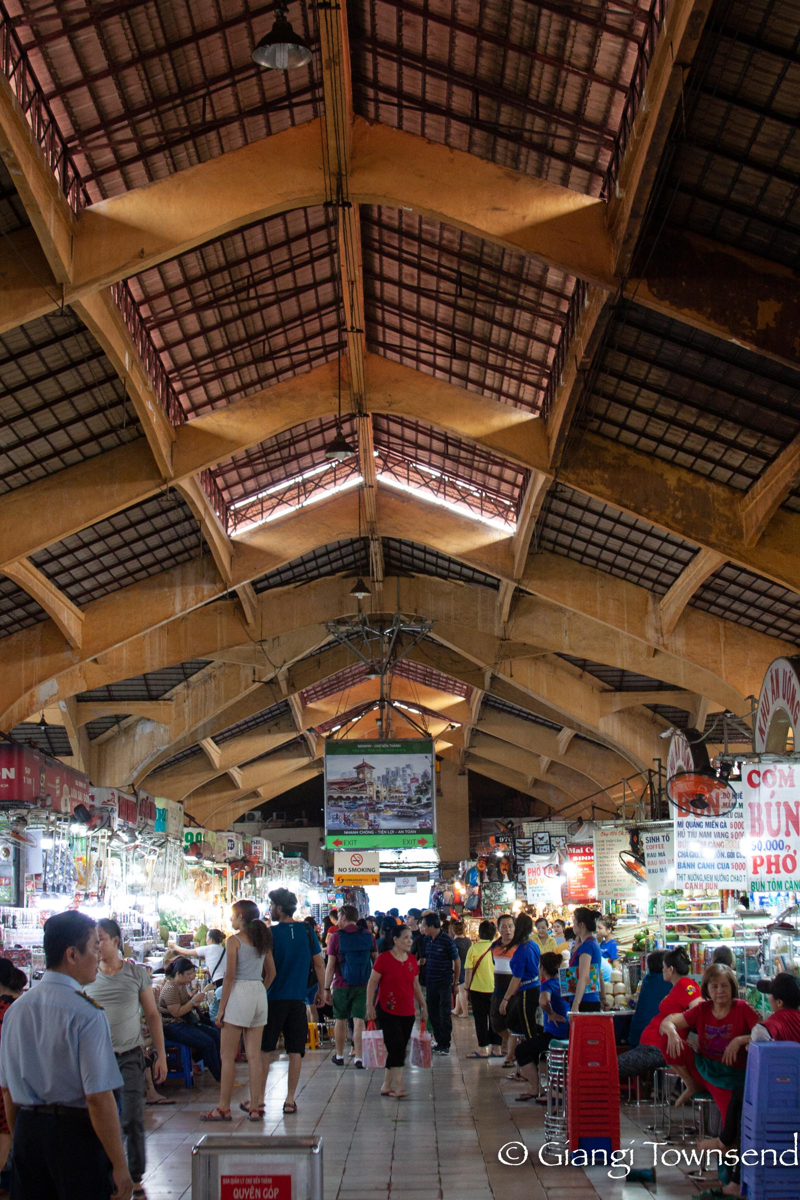 War Remnant Museum and Ben Thanh Market